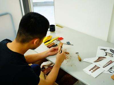马驰科 手工创意雕刻师