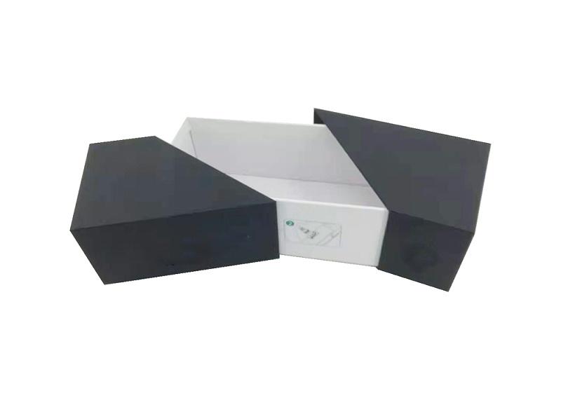东莞市马驰科金属包胶制品包装盒