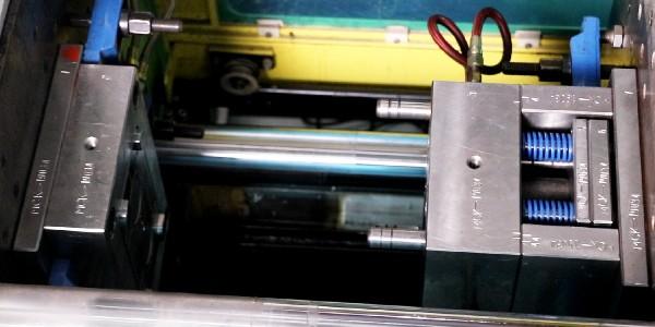 注塑模具厂家如何选择钢材