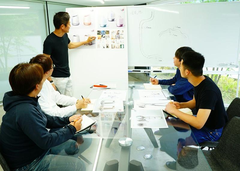 东莞市美容仪器代工研讨会