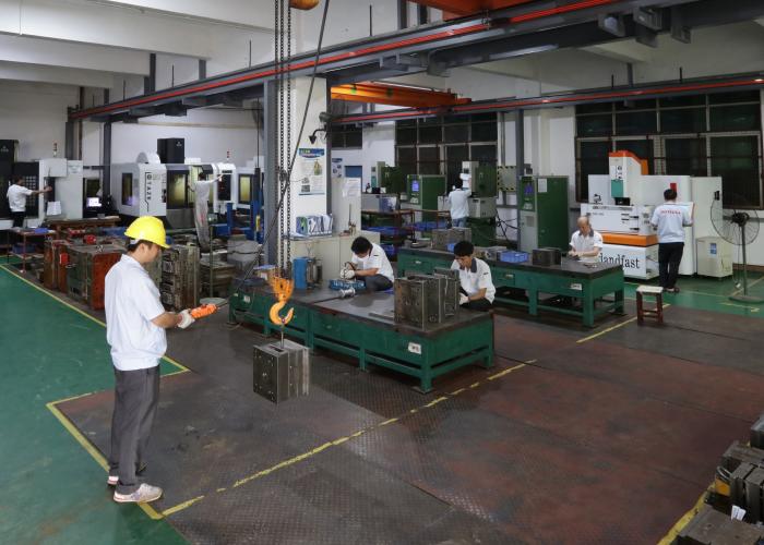 东莞双色注塑模具加工厂