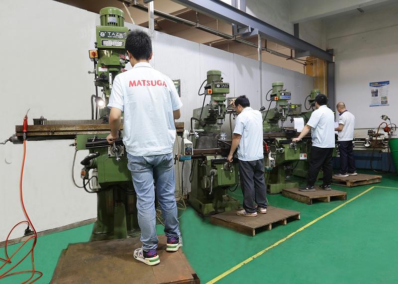 注塑模具加工厂