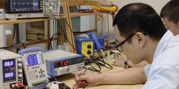 小家电厂家之结构设计师钟先生--每一步成长都与努力相关